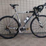 【俺流バイク自慢】キャノンデールのCAAD10。アルミフレームでも6.8キロ達成のカスタマイズとは?