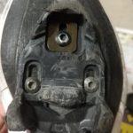 ビンディングペダルが嵌りにくい。外れやすいという症状が出たら、クリート交換の時期です。