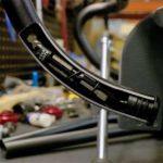 そうか!携帯工具をバーエンドに入れるという斬新な発想。WOLFTOOTHのEncase BARKIT ONE。